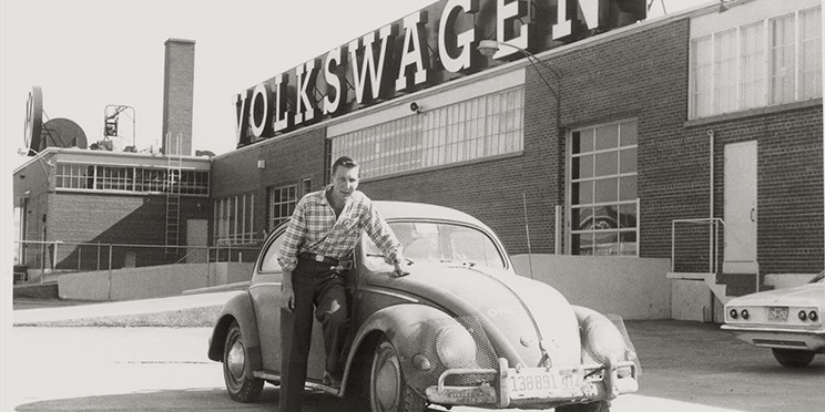 Doentary Film And Interactive Website Tells The Story Of 1955 Vw Beetle That S Travelled World Three Times Is Still On Road