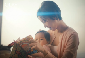 Brands tell Chinese mothers' stories