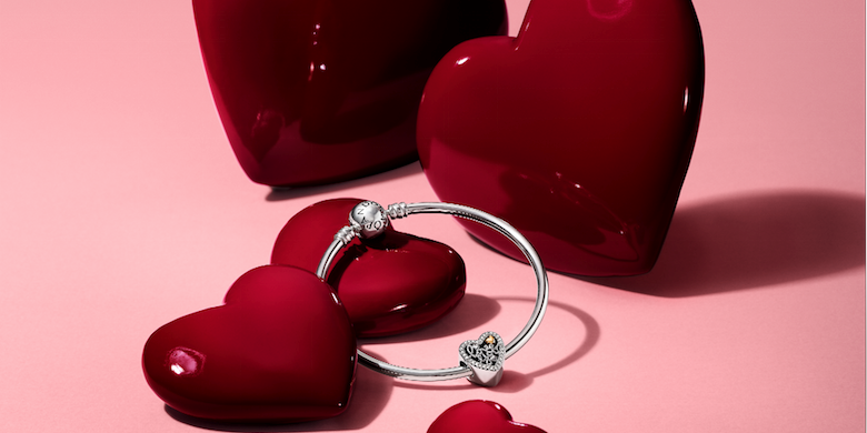 My Pandora Love Booth Valentine Campaign Is Launched With Help
