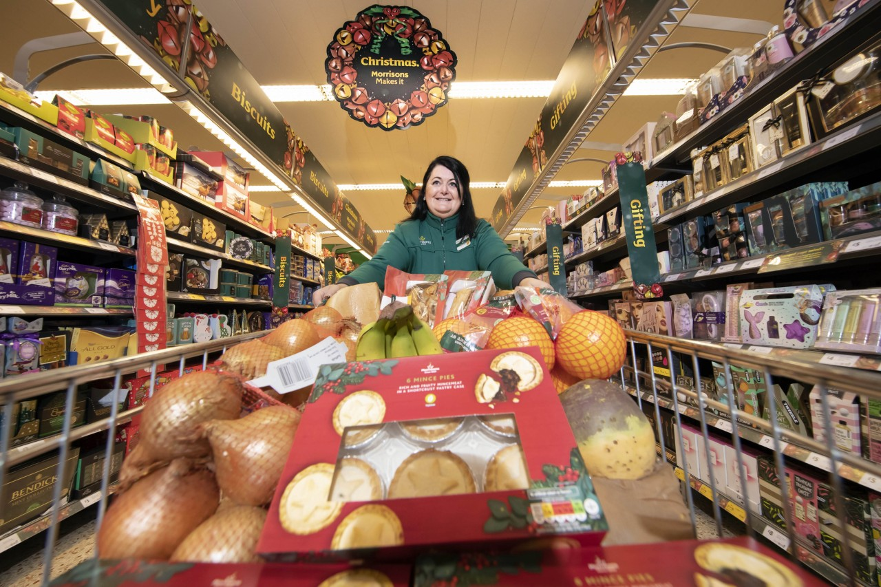Morrisons' colleague Christmas ad highlights the supermarket's community work